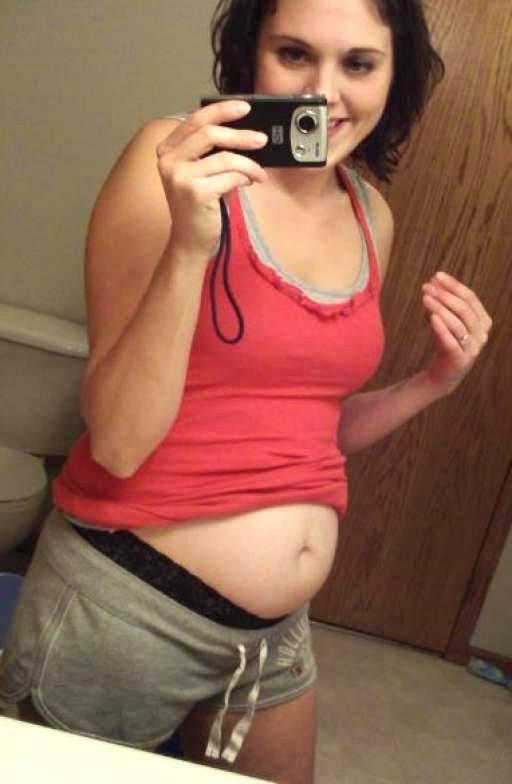 Смотреть беременная онлайн